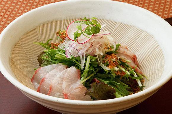 鮮魚と京水菜のはりはりサラダ 柚子味噌ドレッシング